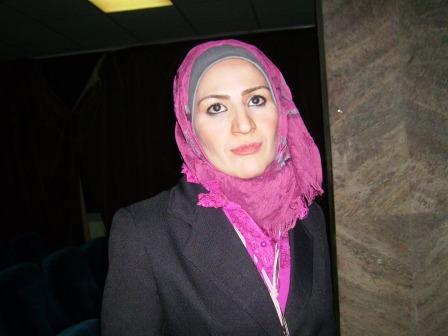 صوره الشاعرة السورية قمر الجاسم