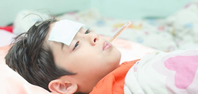 صوره اسرع طريقة لخفض حرارة الاطفال