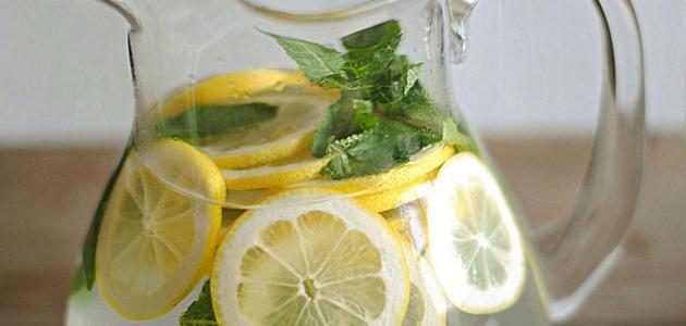 طريقَة  تحضير عصير ليمون بِالنعناع