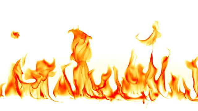 صورة تفسير حلم النار او الحريق والشعلة في المنام , ما معني الحريق في الحلم 20160626 973