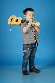 صوره بنطلونات جينز للاطفال الاكثر عملية وسهولة