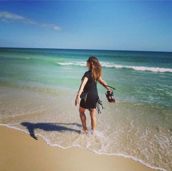 صوره صور على البحر بنات حزينه عشاق شاطىء البحر  رومنسية