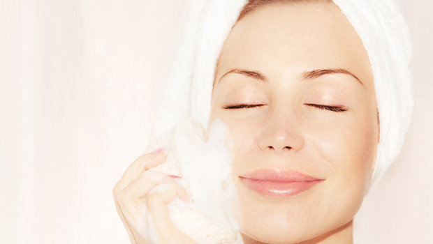 http://static.fustany.com/images/ar/content/header_image_Article_Main_Fustany_How_to_Get_Radiant_skin_During_Ramadan.jpg