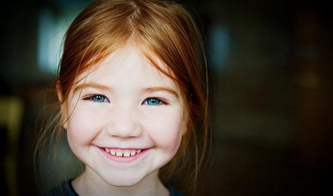 ابتسامات بريئة مِن الاطفال