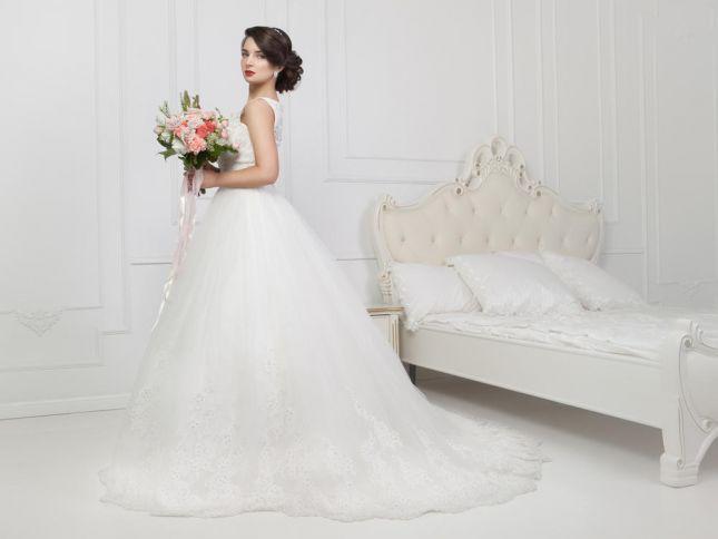 صوره فساتين زفاف فخمه 2017