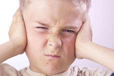 صوره كيفية التعامل مع الطفل العنيف العدوانية