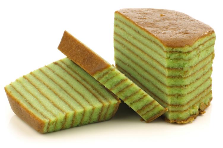 الكعكة الخضراءَ مِن اشهي صور حِلويات اندونيسيا