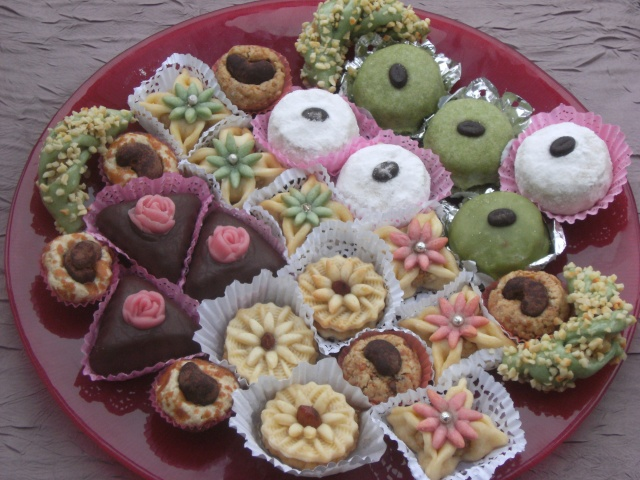 حلويات الاعراس الجزائرية  قمة الروعه