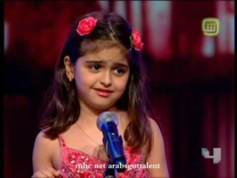 صوره حلا الترك.. فقدت طفولتها بسبب النجومية