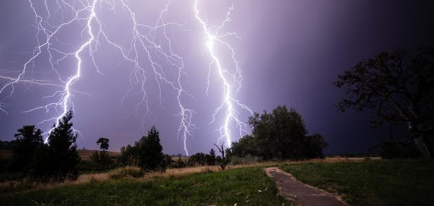 صوره ظاهرة الرعد والبرق