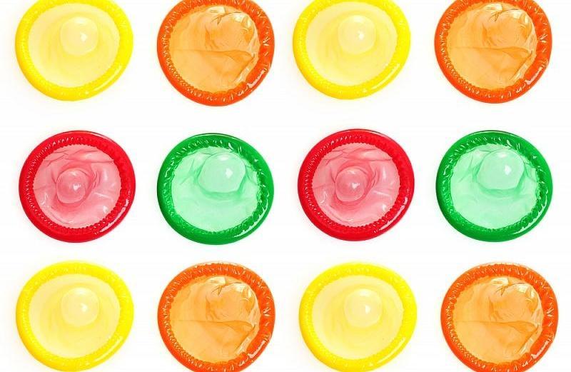 http://www.tebtime.com/uploads/condoms1.jpg