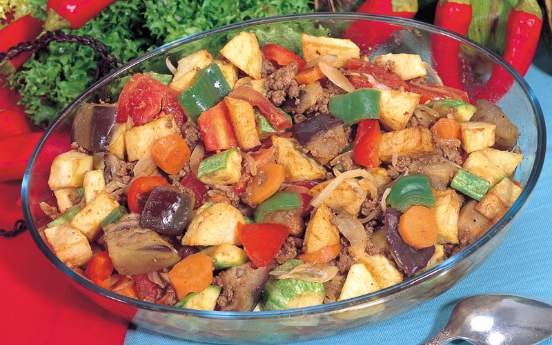 مكعبات ألخضراوات باللحم ألمفروم