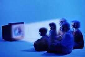 صوره ايجابيات مشاهدة الاطفال للتلفاز