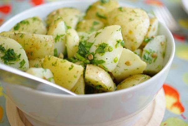 صوره طريقة عمل البطاطس المسلوقة