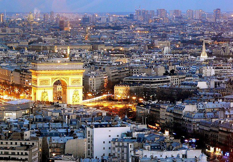 https://upload.wikimedia.org/wikipedia/commons/thumb/6/66/Paris-0792.jpg/800px-Paris-0792.jpg