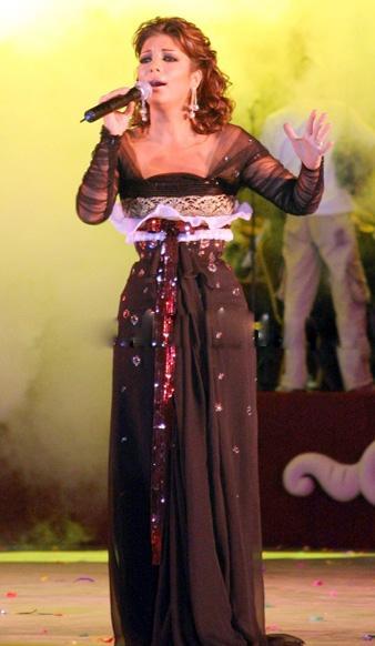 صوره اجمل صور لفساتين اصالة نصري