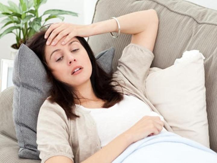 صوره ما هي اسباب الصداع للحامل