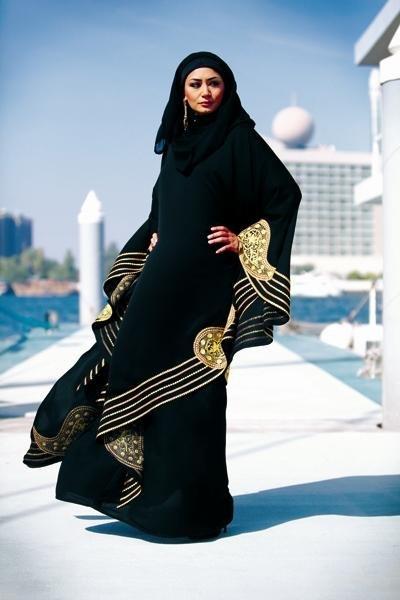 صوره العباءة السعودية واشكالها الرائعه