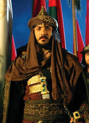 صوره المسلسل التركى جواسيس القصر