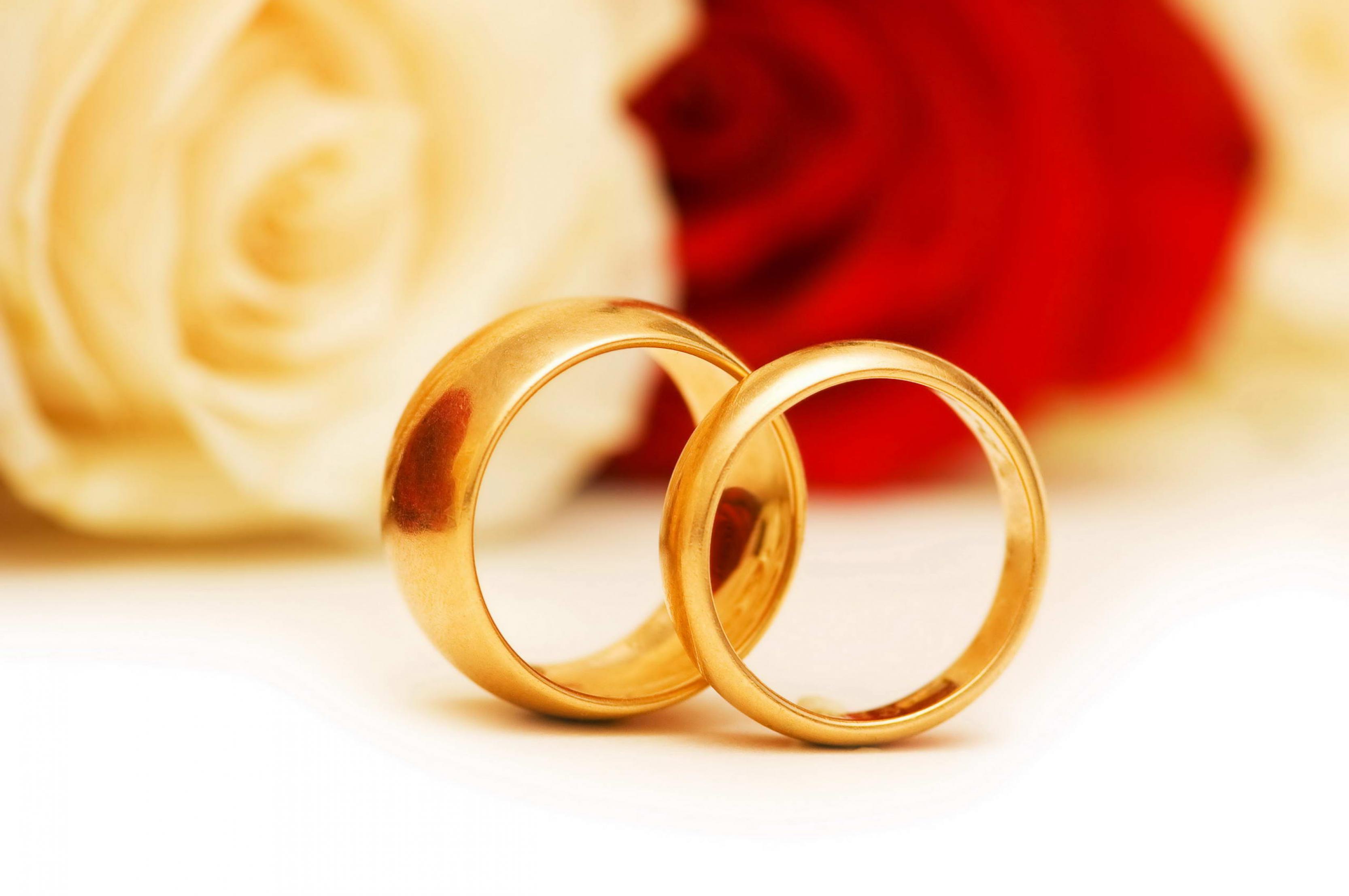 صوره زواج ناجح رغم فارق السن