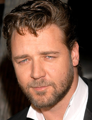 https://cinematicpassions.files.wordpress.com/2009/09/russell-crowe-picture-5.jpg