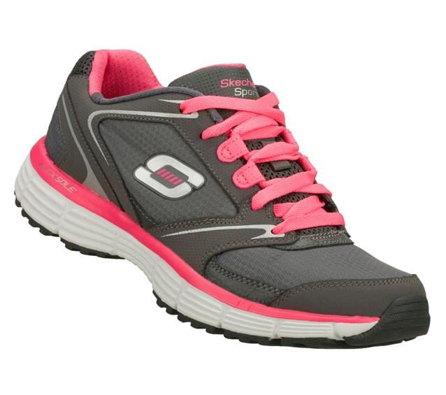 اختارى هذا الحذاء المزين بلونى الرمادى و الزهري