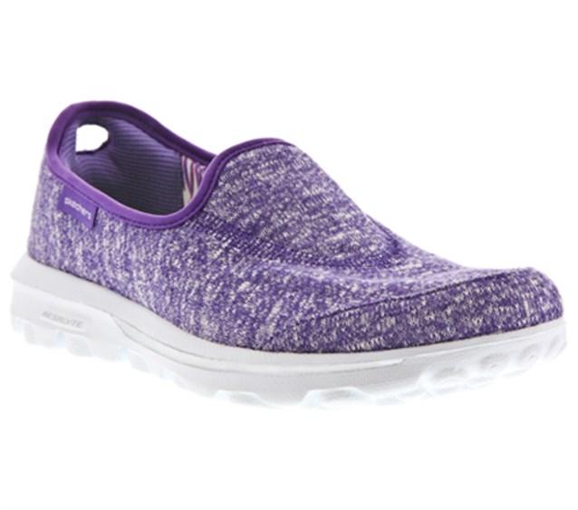 حذاء مريح لتنقلاتك اليومية باللون البنفسجي
