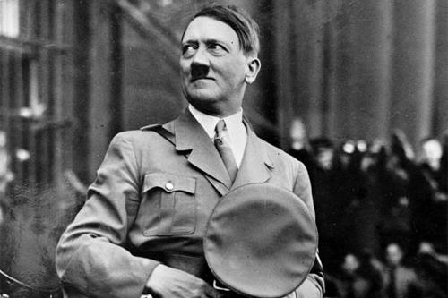 http://www.almrsal.com/wp-content/uploads/2013/01/Images-of-Hitler-4.jpg