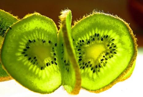 صوره تفسير حلم اكل الفواكه في المنام
