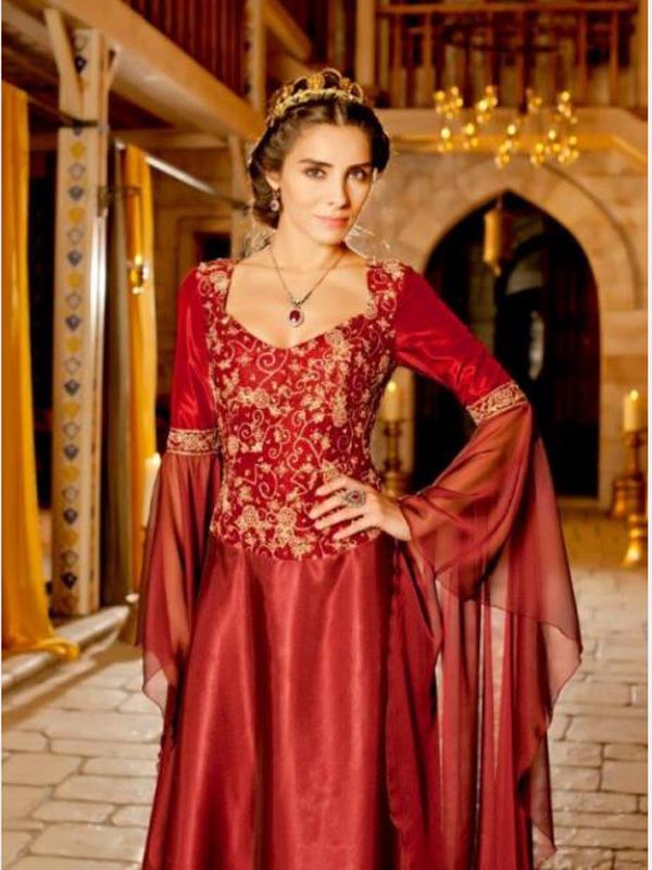 http://www.lookarab.com/image/2014/11/dresses-Harem-Sultan-4.jpg