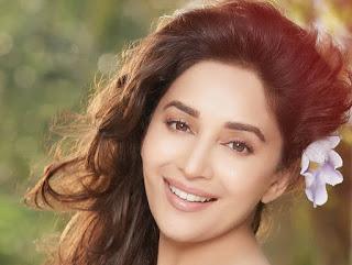 صوره صور الممثلة الهندية مادهوري ديكشت