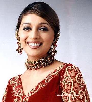 http://www.janubaba.com/bollywood/actresses/Madhuri/madriaprl3.jpg