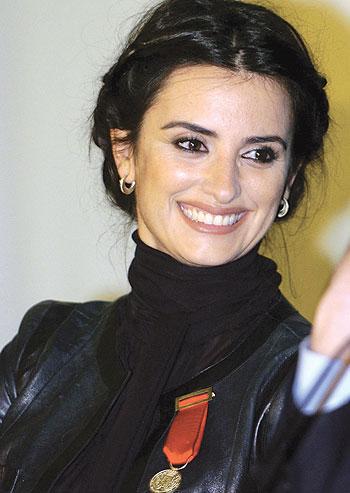 صوره بينيلوبى كروز الممثلة الاسبانية