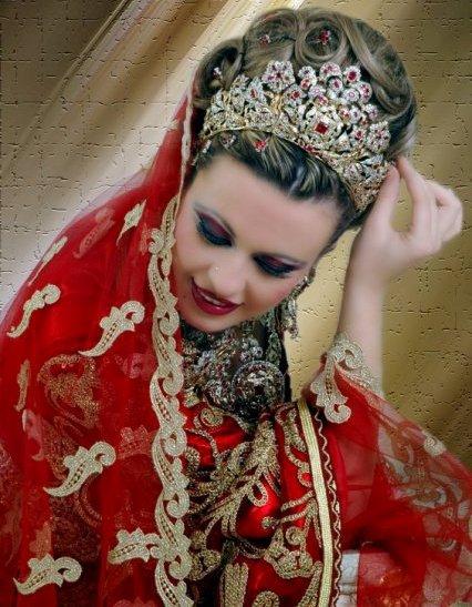 بالصور احدث تسريحات مغربية للعرائس