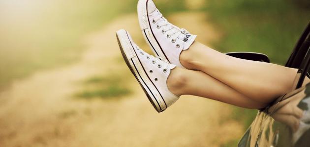 صور لبس الحذاء في المنام