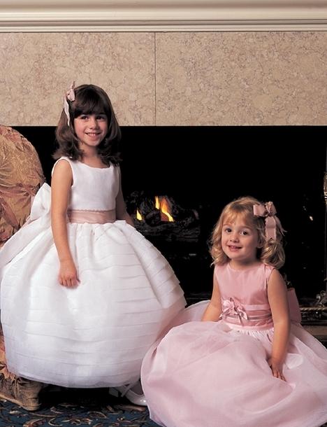 بالصور اجمل تصميم فستاين زفاف للصغار للاطفال 20160711 259