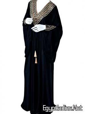 بالصور احدث عبايات سعودية فخمة  مخصرة 20160712 1188