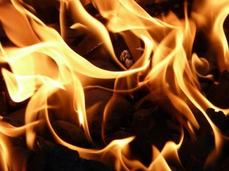 بالصور تفسير حلم رؤية النار 20160712 1628