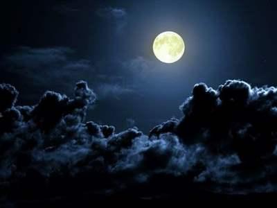 بالصور تفسير رؤية القمر في المنام 20160712 768