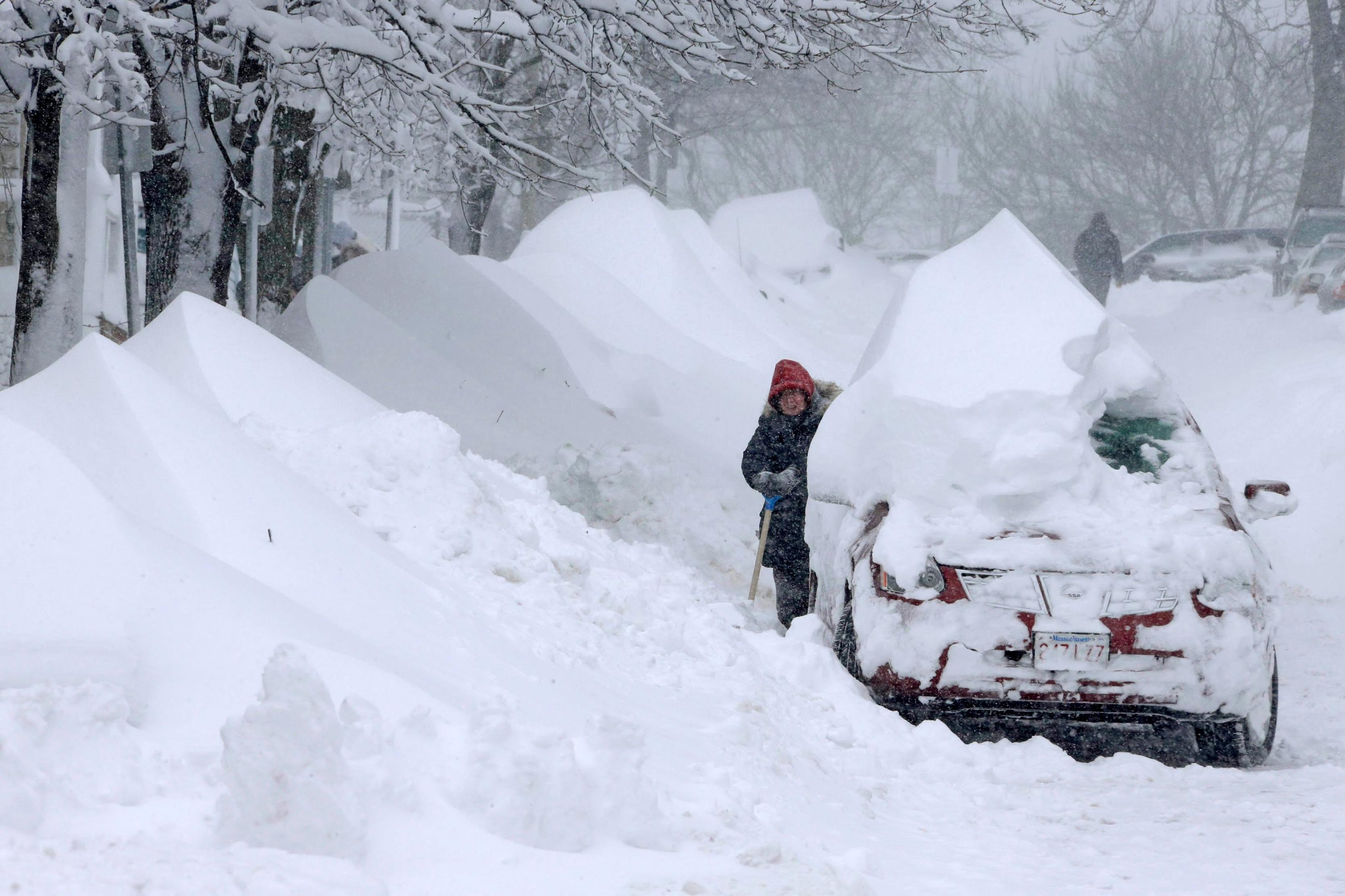 بالصور ما هى العاصفة الثلجية 20160713 2413