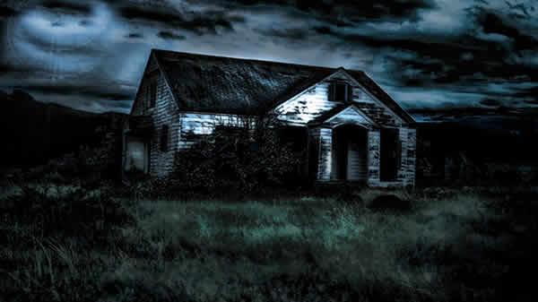 http://theartinspiration.com/wp-content/uploads/2013/11/scary-horror-wallpaper-houser01.jpg