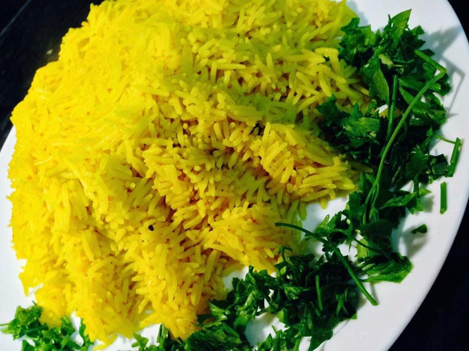 صور طريقة عمل ارز اصفر بالكركم