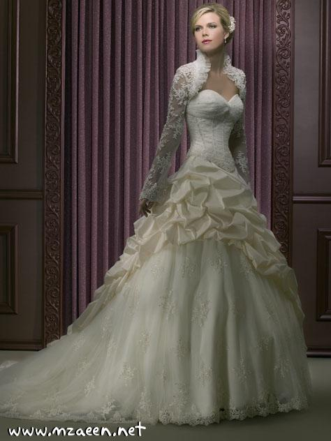 فساتين زفاف مطرزه