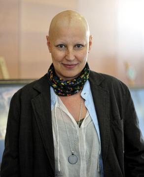 صور صور ام فريحه و محاربتها مرض السرطان
