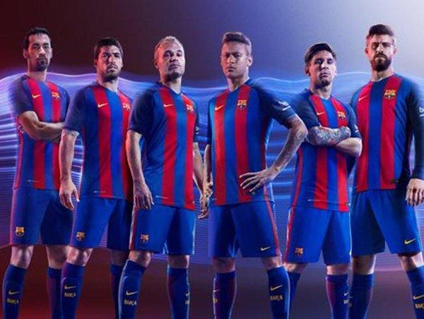 بالصور اجدد صور فريق برشلونة 2019 20160714 2524