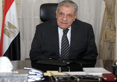 بالصور ابراهيم محلب رئيس الوزراء 20160714 2670