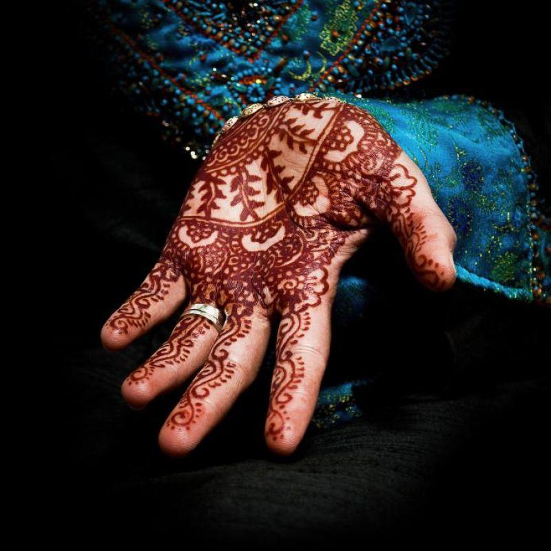 نقش حناء اماراتي للعروس