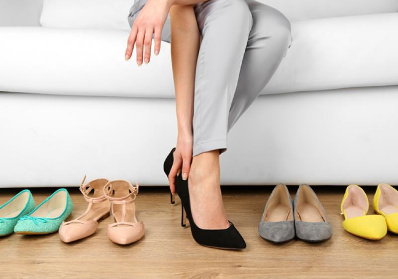 صوره انواع احذية تناسب اطلالة البنات