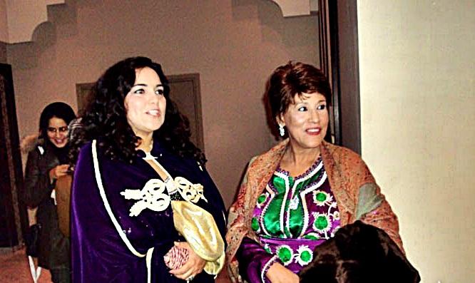 بالصور وفاة فنانة مغربية زينب السمايكي 20160715 274