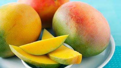 بالصور هل تناول فاكهة المانجو يزيد الوزن 20160716 2409